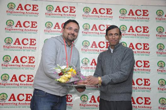 Sidharth Sabarwal IES 2015 3 EC